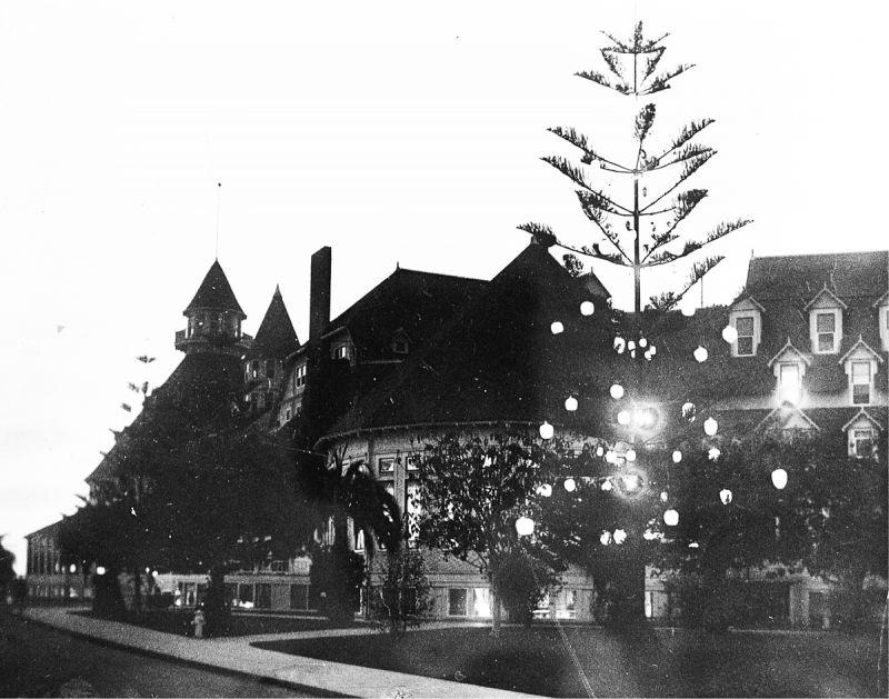 Коронадо. Hotel del Coronado. Рождественское дерево в 1904 году