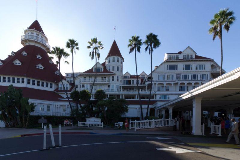 Коронадо. Hotel del Coronado. У главного входа