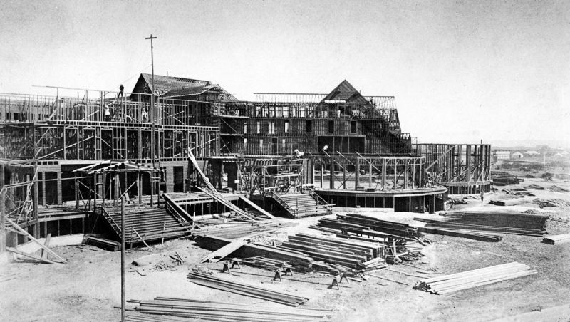 Hotel del Coronado. Строительство