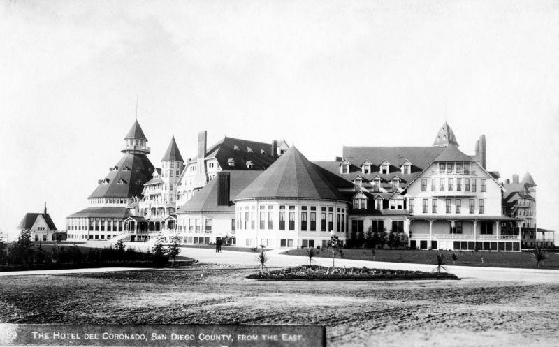 Коронадо. Hotel Del Coronado в феврале 1888