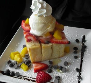 Сан-Диего. Десерт Honey Toast из кафе Up2You