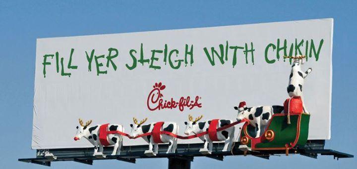 Креативная реклама. Eat Mor Chikin Cowz. Christmas cows