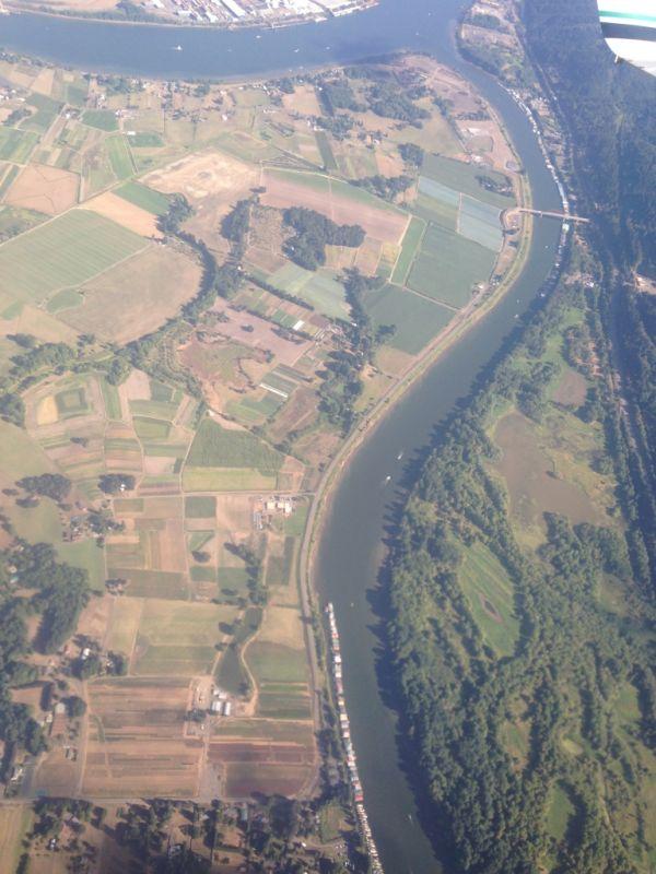 Портлендская земля из иллюминатора самолета