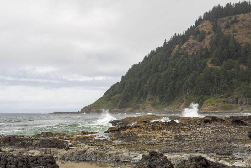 Мыс Перпетуа. Каменистый орегонский берег