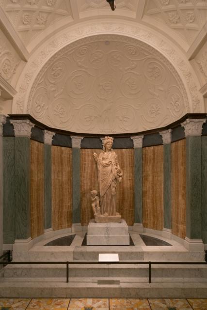 Лос-Анджелес Достопримечательности Вилла Гетти (Getty Villa) Античная скульптура