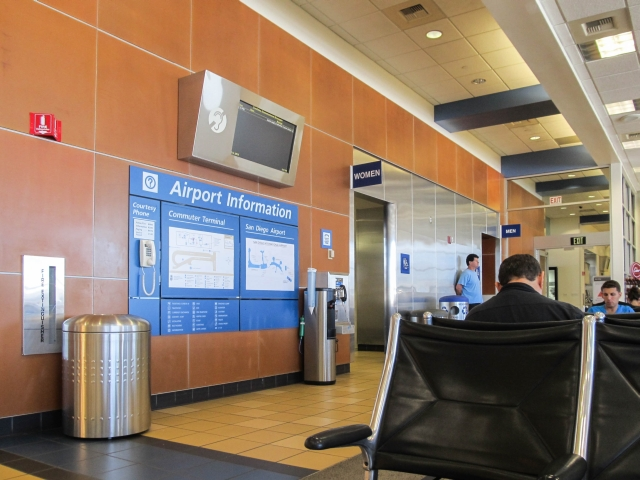Аэропорт Сан-Диего. Терминал Commuter