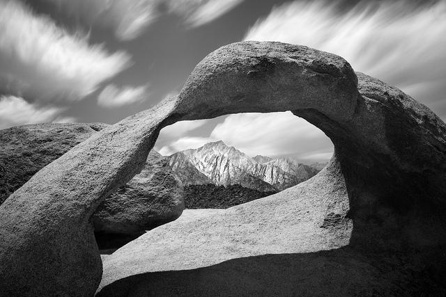 Mobius Arch. Alabama Hills. Калифорния