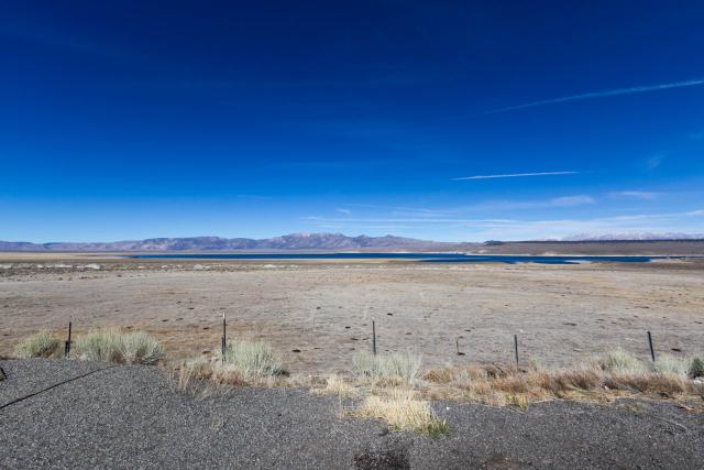 Калифорния. US-395. Озеро Кроули (Crowley Lake)