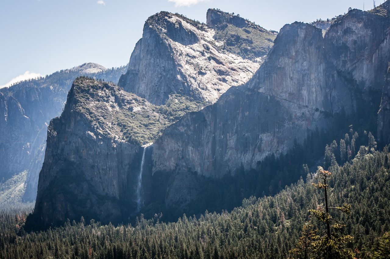Йосемити парк (Yosemite National park) Tunnel View Водопад BridalVeil