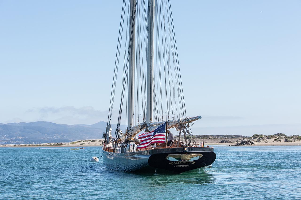 Яхта Америка