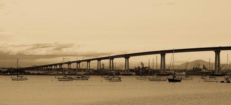 Мост Сан-Диего – Коронадо — символ Сан-Диего и главная транспортная артерия Коронадо