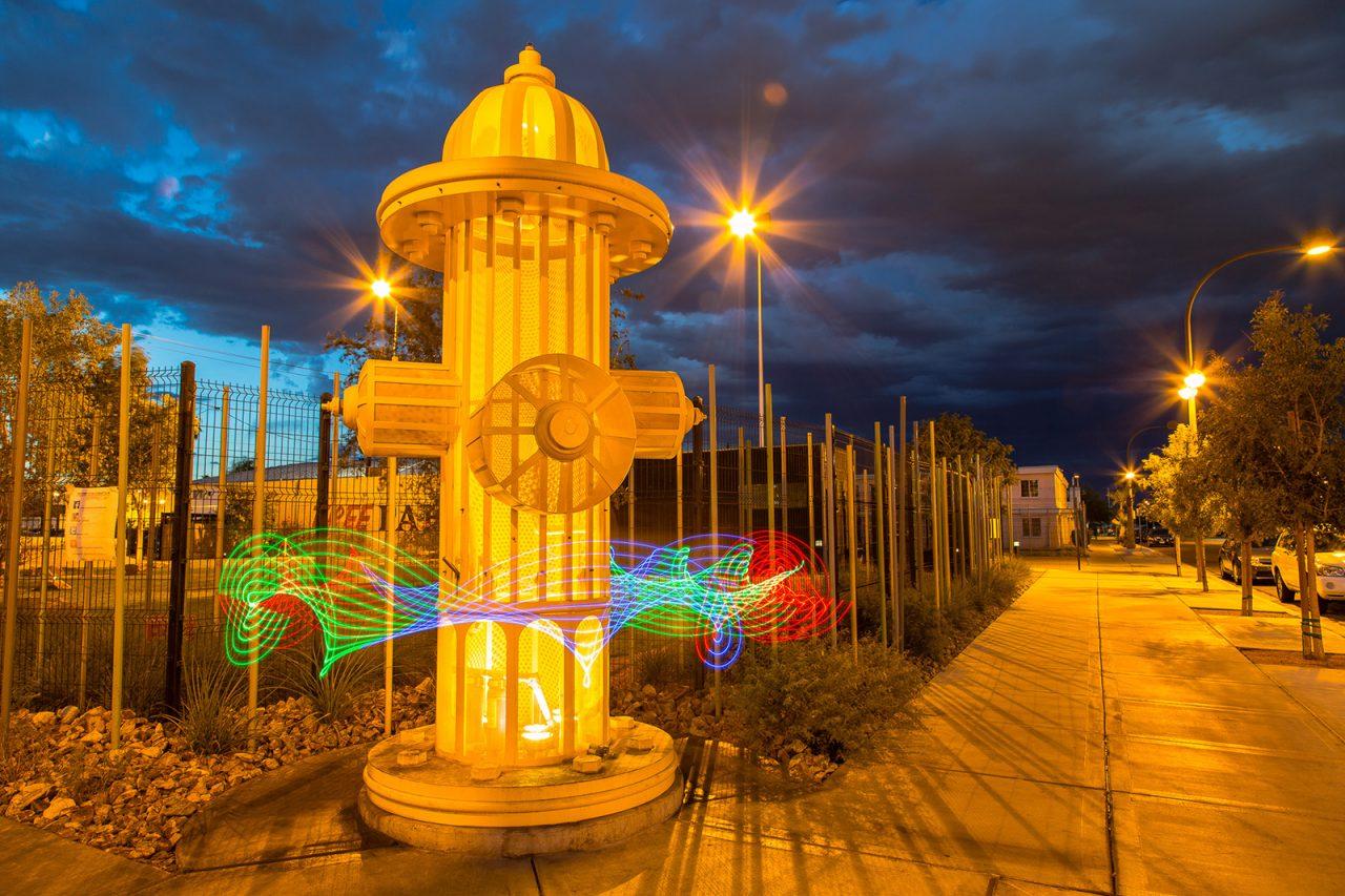 Развлечения в Лас-Вегасе. Огромный пожарный гидрант