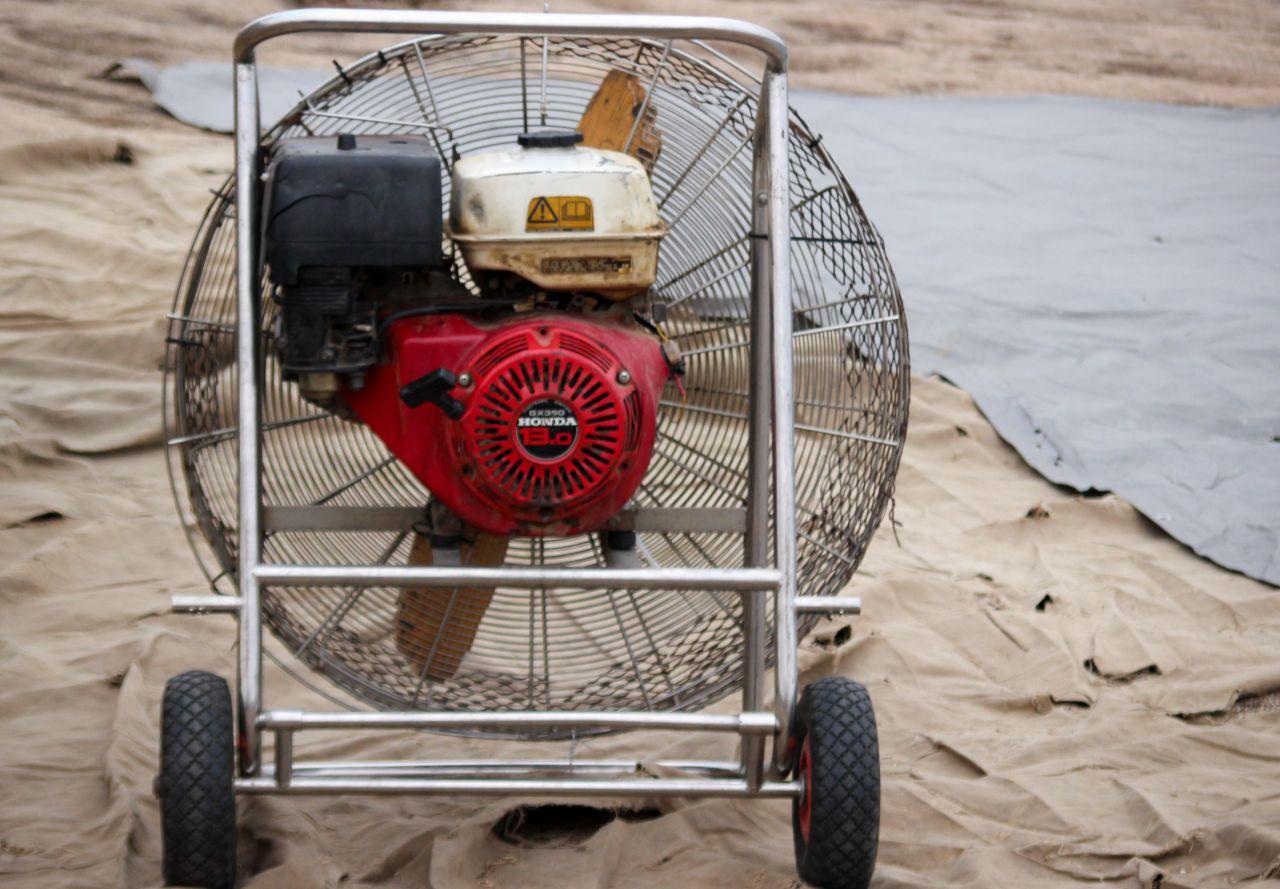 Темекула. Вентилятор для наполнения воздухом купола воздушного шара
